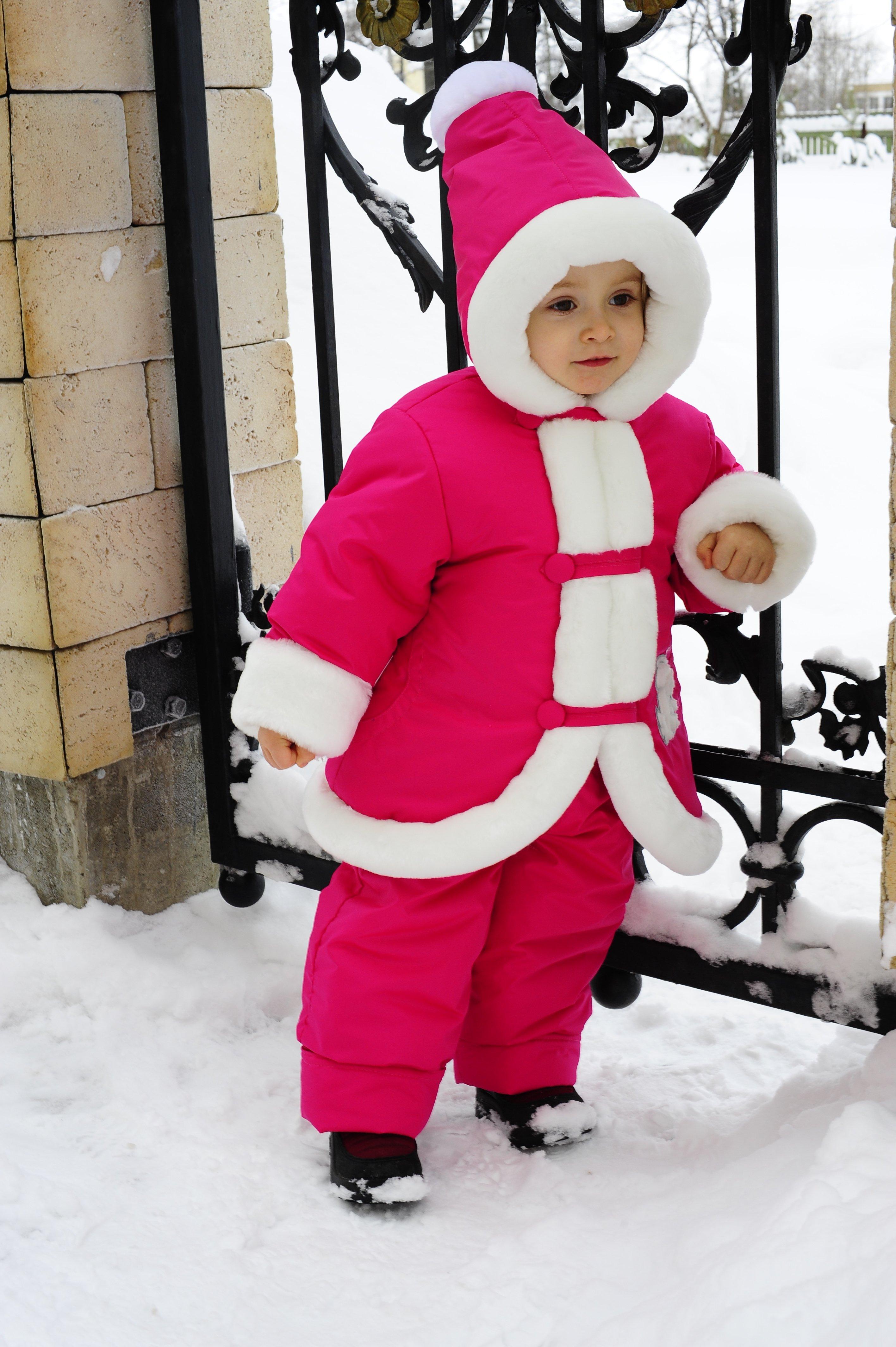 Фото зимних комбинезонов для детей